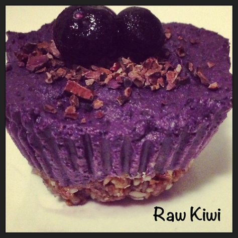 Raw Vegan Mini Blueberry Cheesecakes